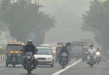 People driving through smog