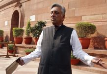 Congress leader Mani Shankar Aiyar at Parliament House
