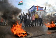 Lawyers from Jammu Bar Association protesting against the government