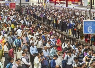 A view of the crowd of commuters at Chhatrapati Shivaji Maharaj Terminus on World Population Day (WPD), in Mumbai | Mitesh Bhuvad/PTI