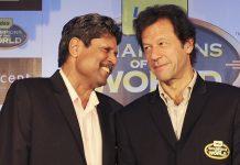 Imran Khan (R) and Kapil Dev (L)