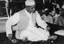 Former Indian Prime Minister Lal Bahadur Shastri | Keystone/Hulton Archive/Getty Images