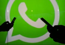 WhatsApp logo   Chris Ratcliffe/Bloomberg