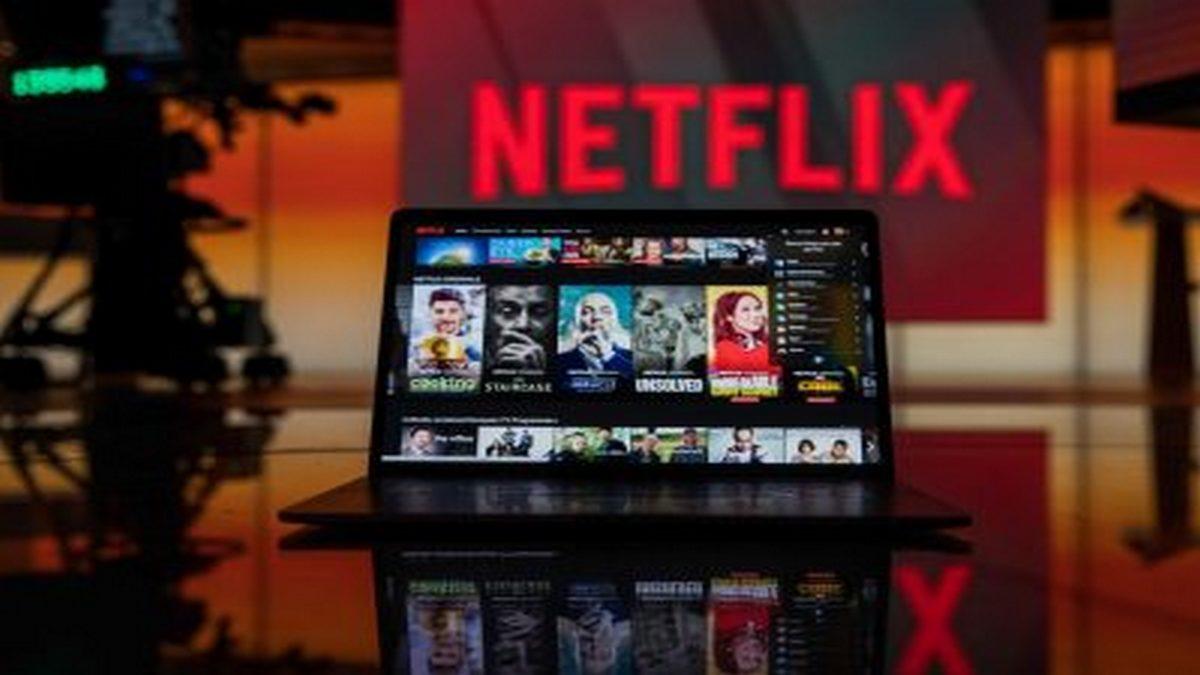 Netflix to borrow $2 billion as content war heats up