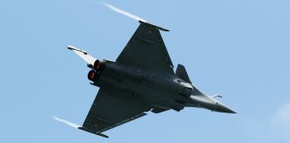 A Rafale fighter jet manufactured by Dassault Aviation SA | SeongJoon Cho/Bloomberg