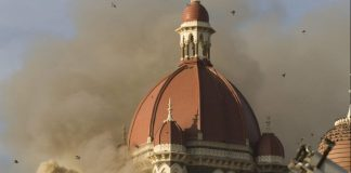 A fire rages in the Taj Mahal Palace and Tower hotel during the 26/11 Mumbai attacks | Prashanth Vishwanathan/Bloomberg News