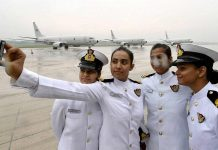 Representational image of female officers in Indian navy | YouTube