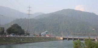 Dakpathar barrage in Uttarakhand across Yamuna river   Commons