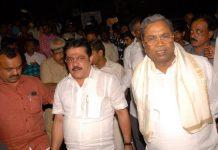Zameer Ahmed Khan with Karantaka CM Siddaramaiah | Facebook
