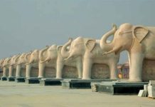 Elephant statues at Ambedkar Memorial Park
