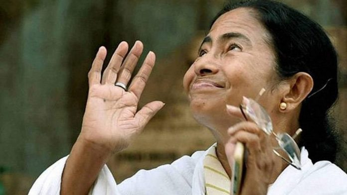Mamata is taking back defectors from under Mukul Roy's nose, while BJP fights itself