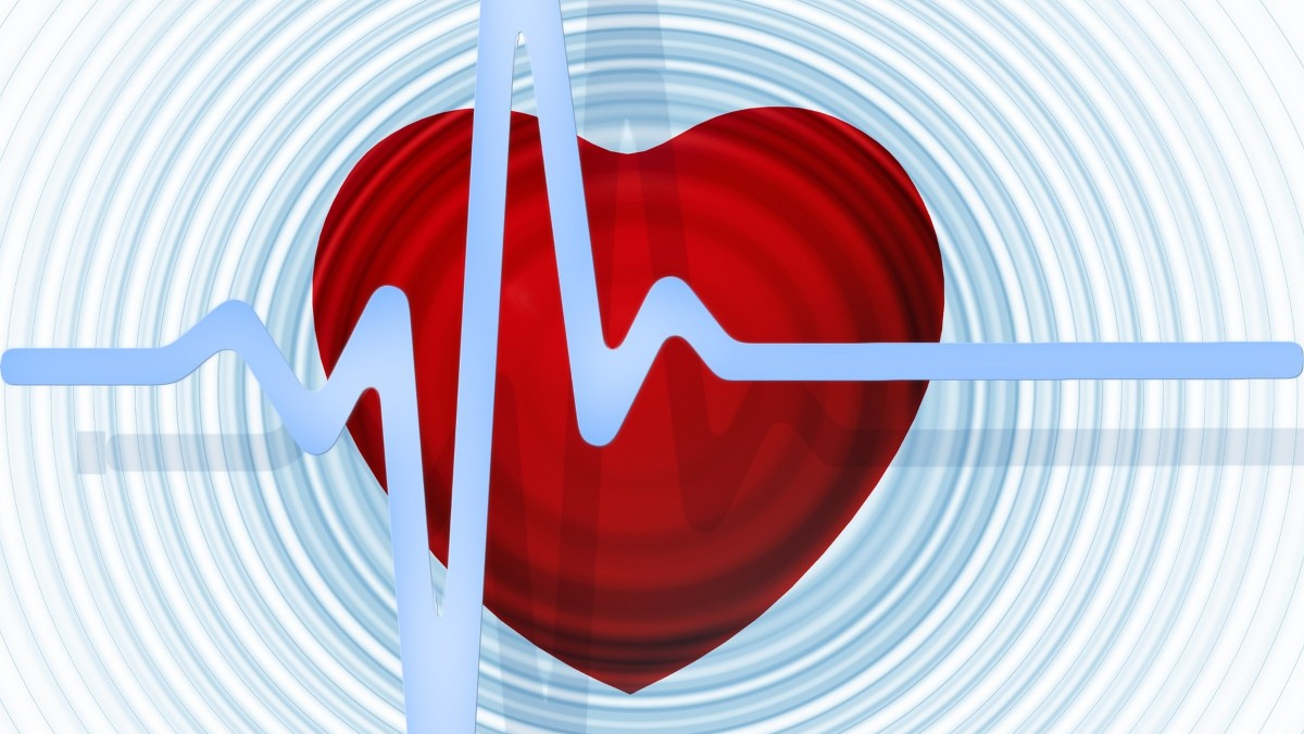 Keeping cholesterol levels low before 45 helps reduce risk of heart diseases later: Study